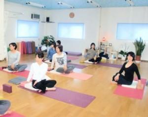 39_yogaleaf
